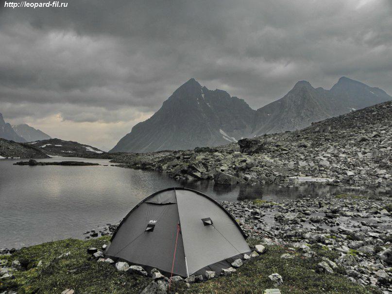 Внутренние и внешние дуги у палаток, плюсы и минусы
