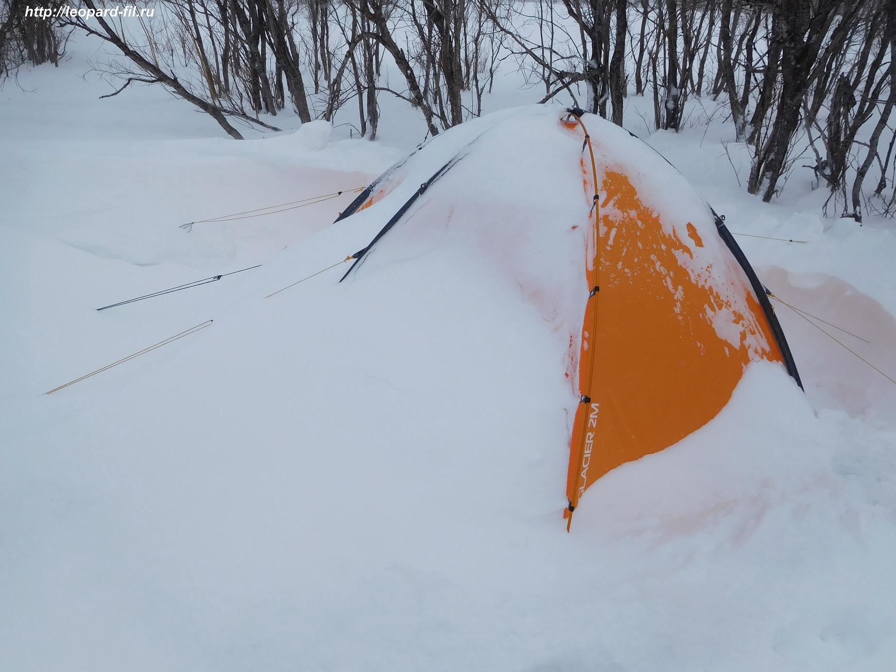 Снежные якоря для растяжки палатки